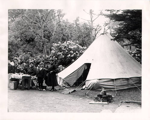 Camping in Golden Gate Park, May 29, 1906. (SFPL, Historical Photographs)